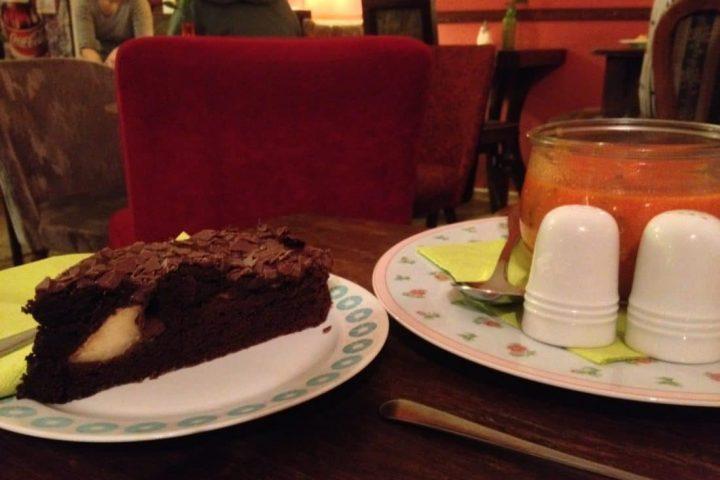 Uff nen Kuchen nach Pankow – dit jeht im Rosenrot