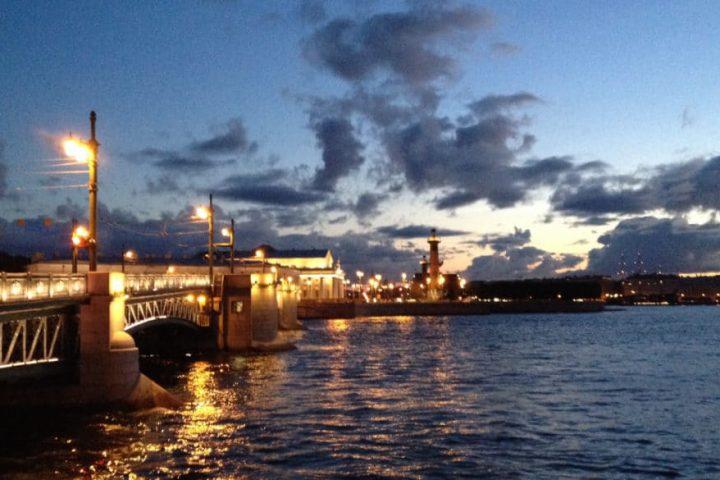Weiße Nächte in Sankt Petersburg
