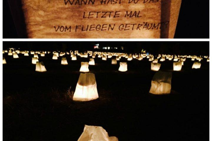 Theater Anu: Kerzen bei Nacht mitten in Berlin
