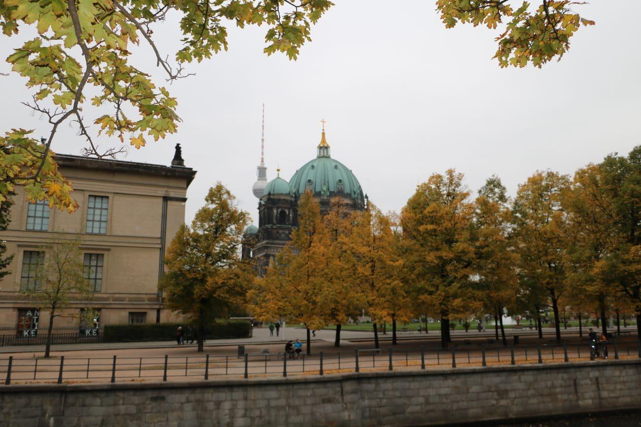 Berlin Fernsehturm und Dom