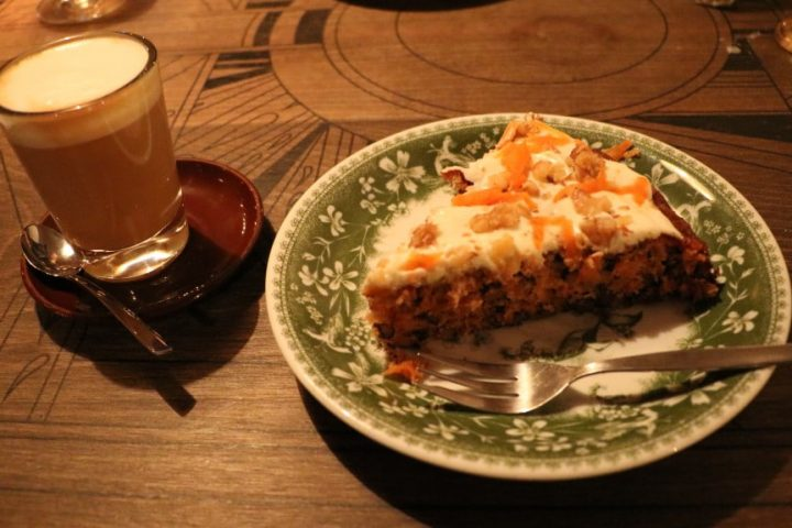 Late Night Carrot Cake im Cabslam (Berlin Neukölln)