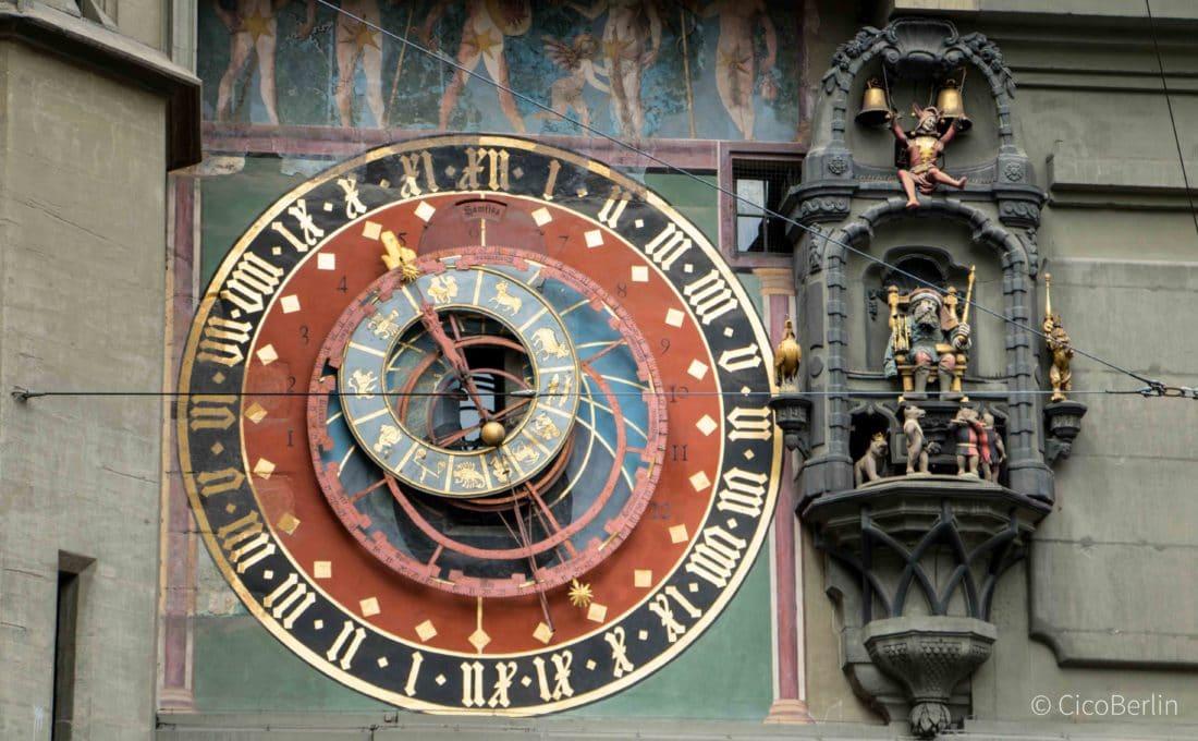 Top Sehenswürdigkeiten Bern, Zeitglockenturm mit mechanische Uhr