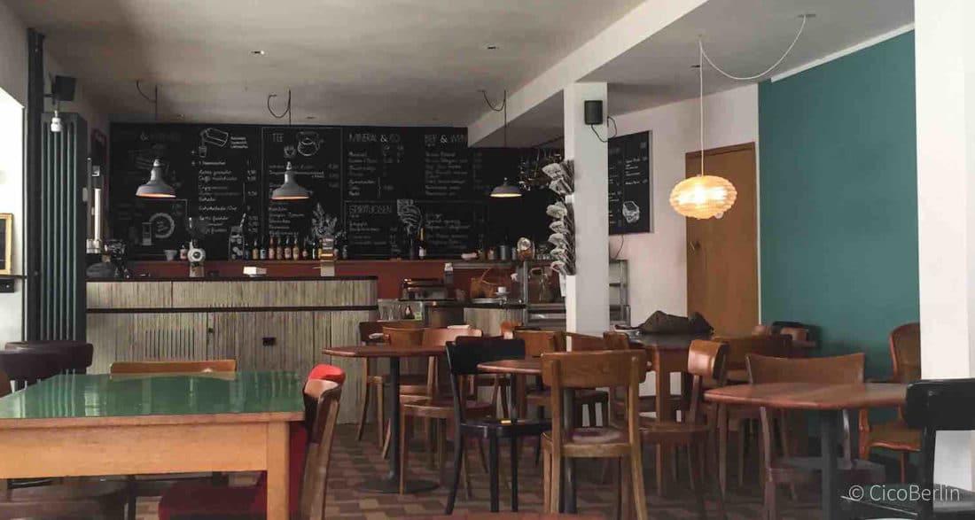Basel Cafe Fruehling