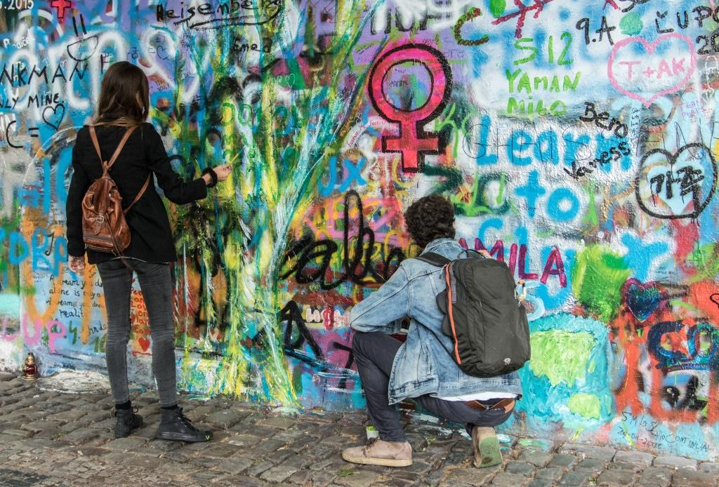 Prag Sehenswürdigkeit: John Lennon Wall