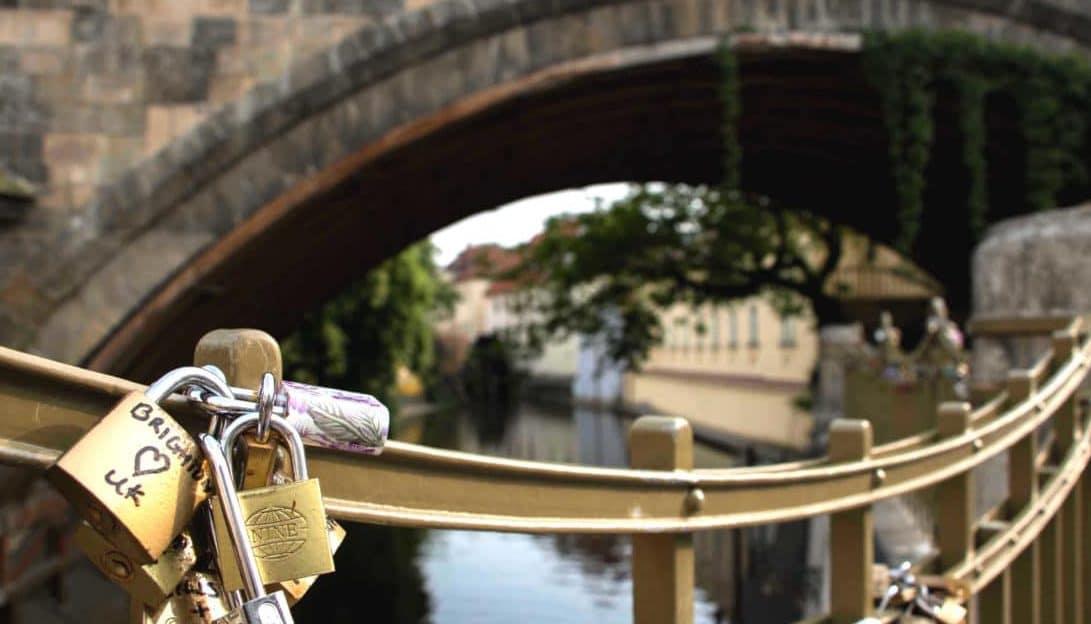 die Highlights in Prag, Liebesschloss