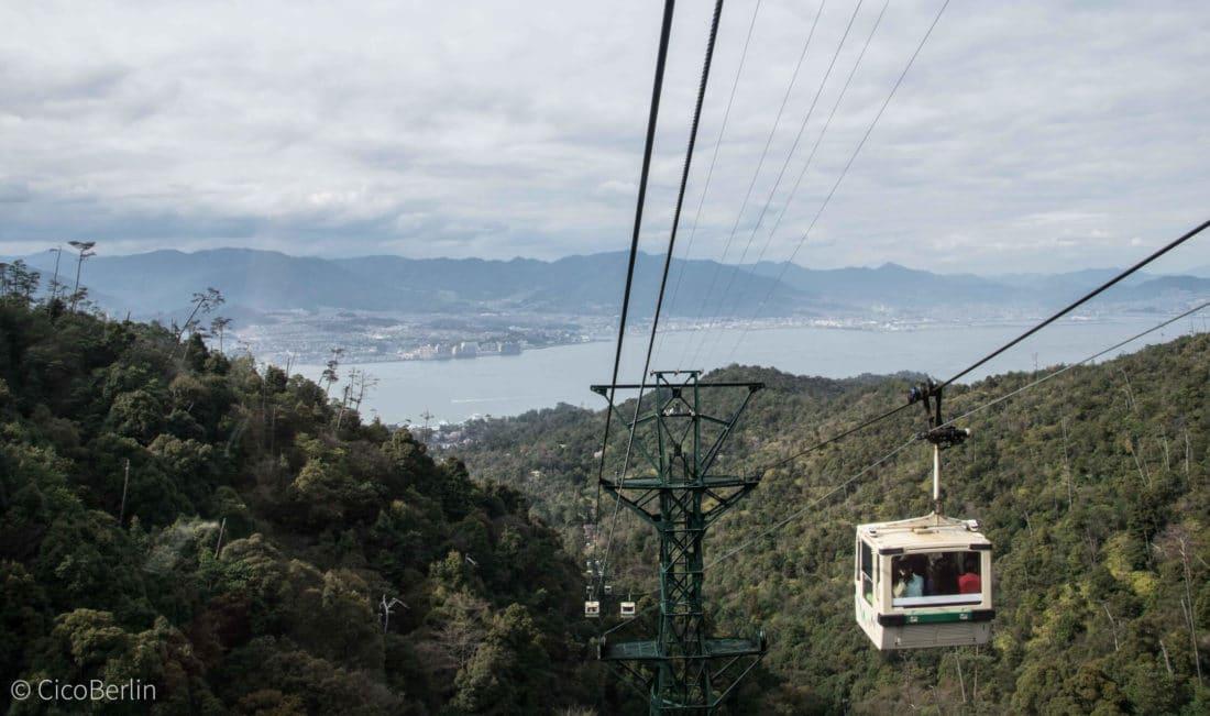 Ein Tag Miyajima, Fahrt mit der Berggondel, Foto und Bericht von CicoBerlin