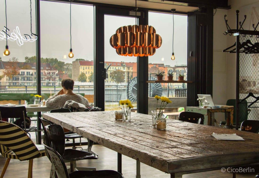 Das Kranhauscafe - Mein Berlin: Lisas Tipps für Alt-Treptow & Oberschöneweide