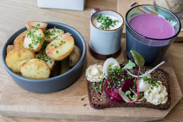 Tallinn: 6 Coole Cafés und Restaurants, die auch für Vegetarier taugen