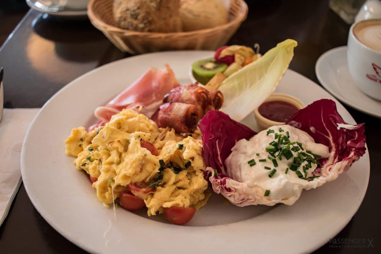 Zehlendorf Insider Tipp fuer ein gutes Fruehstueck: das Restaurant Tomasa