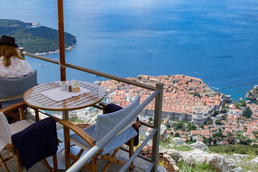Dubrovnik Seilbahn _Panorama Cafe_ Dubrovnik Sehenswuerdigkeiten und Tipps von PASSENGER X