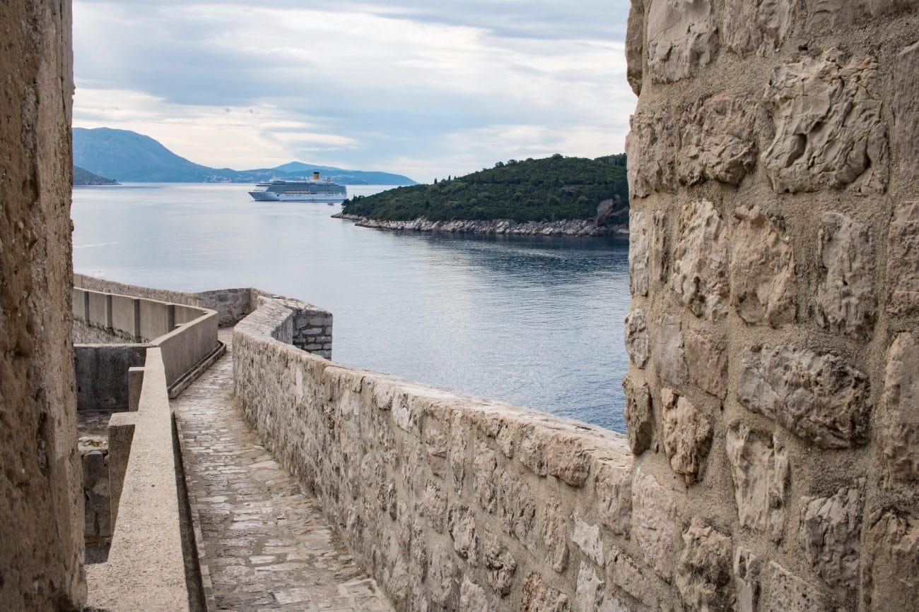 Stadtmauer von Dubrovnik _Dubrovnik Sehenswuerdigkeiten und Tipps von PASSENGER X
