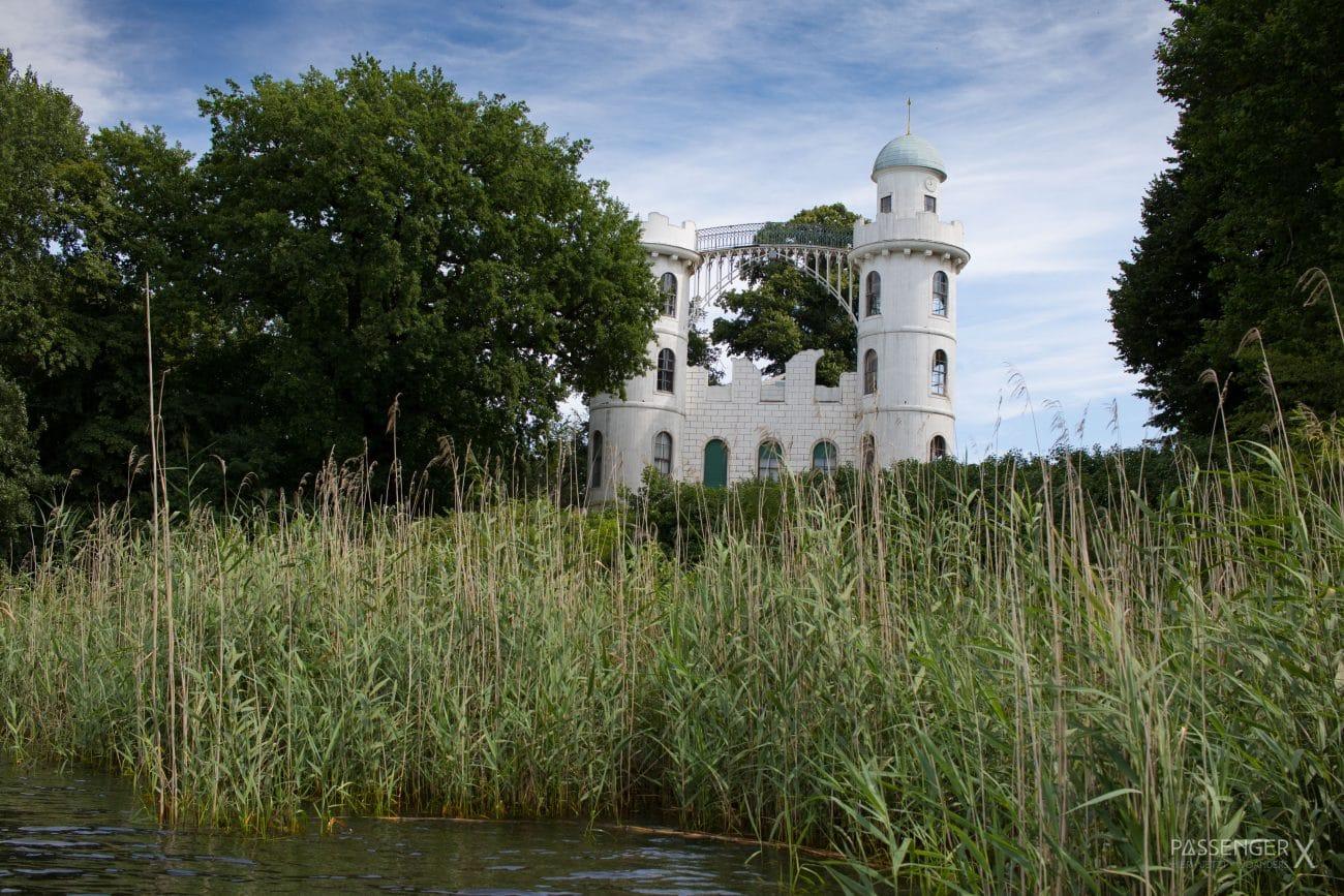 PASSENGER X Potsdam Kajak Ausflug Umland Berlin_ Schloss Pfaueninsel