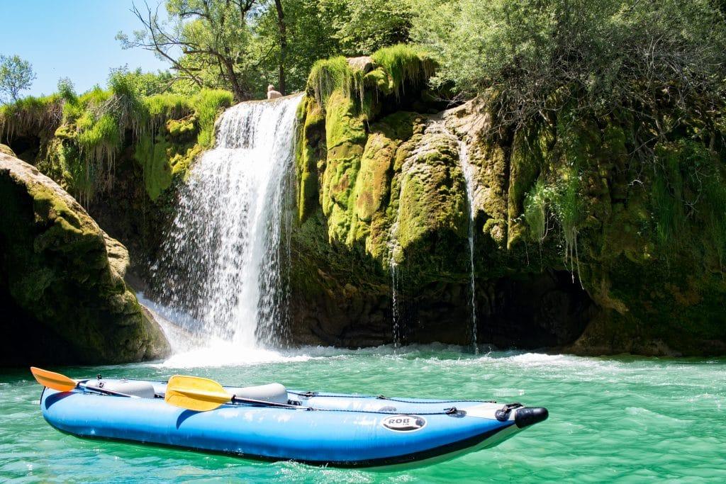 Die besten Tipps fuer den Nationalpark Plitvicer See __Kayaken auf dem Mreznica__ von PASSENGER X