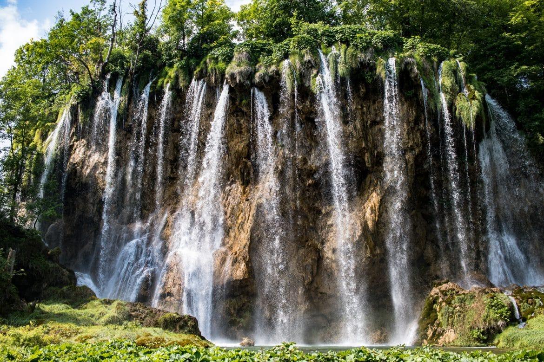 Die besten Tipps für den Nationalpark Plitvicer Seen in Kroatien von PASSENGER X