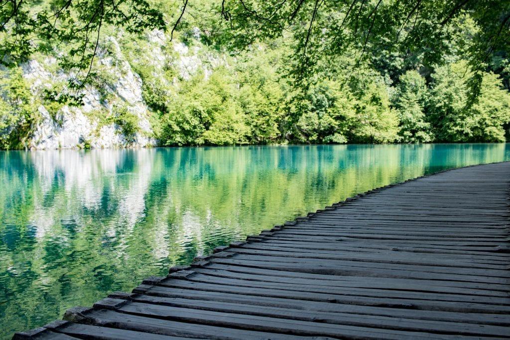 Die besten Tipps fuer den Nationalpark Plitvicer See in Kroatien von PASSENGER X