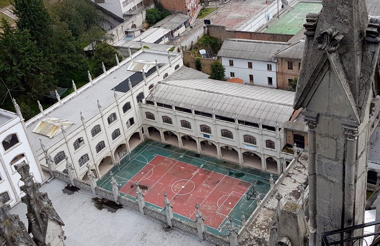 Sehenswürdigkeiten Ecuador Reise_Fußball ist ueberall