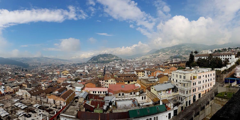 Sehenswürdigkeiten Ecuador Rundreise Blick von der Basilica del Voto Nacional