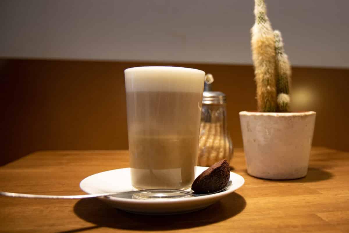 21 + 4 Hamburg Tipps für ein Wochenende in der Hansestadt inkl. der beste Cafés.