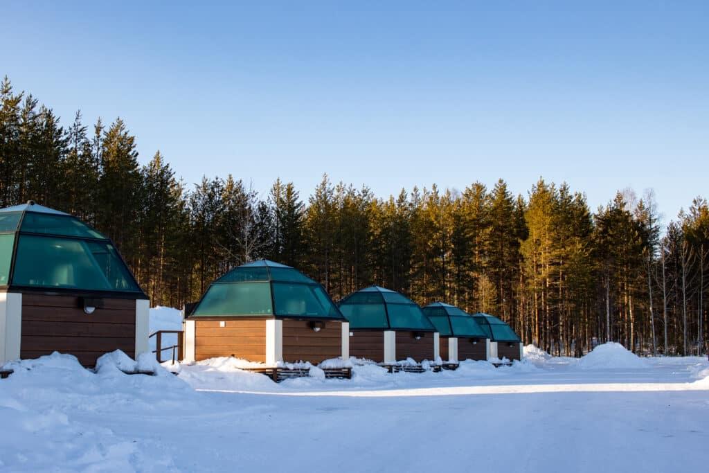 Glasiglu Hotel Finnland - eines der Highlights einer Lappland Reise im Winter - PASSENGER X