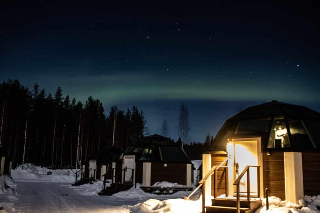 Nordlichter in Rovaniemi, finnisches Lappland - PASSENGER X