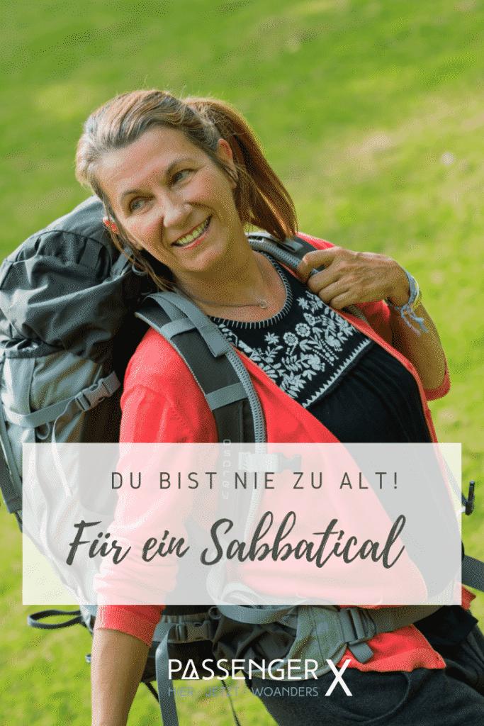 Gitti Müller ist mit Ü50 und liebt es immer noch ihren Rucksack zu packen, um auf große Reise zu gehen. Warum du nie zu alt für ein Sabbatical bist, das verrät sie dir im Interview auf PASSENGER X.
