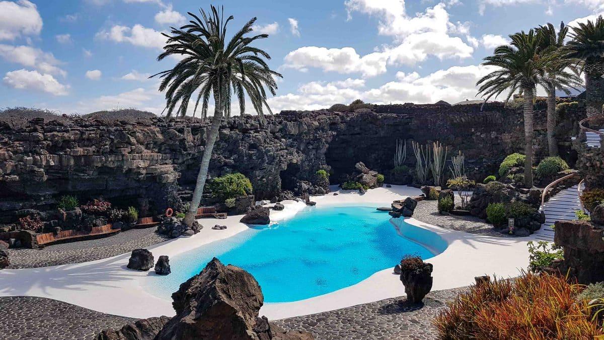 Björn Leffler, Gastautor bei PASSENGER X verrät dir 5 Insider Tipps für Lanzarote. Denn die Insel ist deutlich mehr als nur ein Surfer-Paradies.