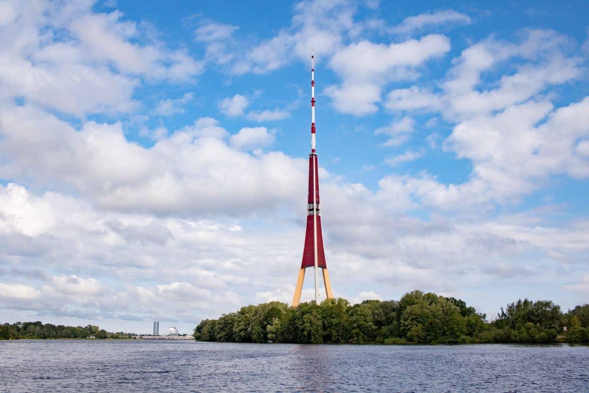 Alternative Riga Sehenswüridigkeiten- die vergessene Insel - von PASSENGER X-2