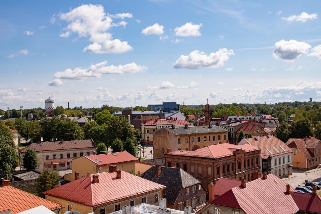 Lettland Sehenswürdigkeiten - Nationalpark Gauja per Road Trip - Cesis Burg -Artikel von PASSENGER X