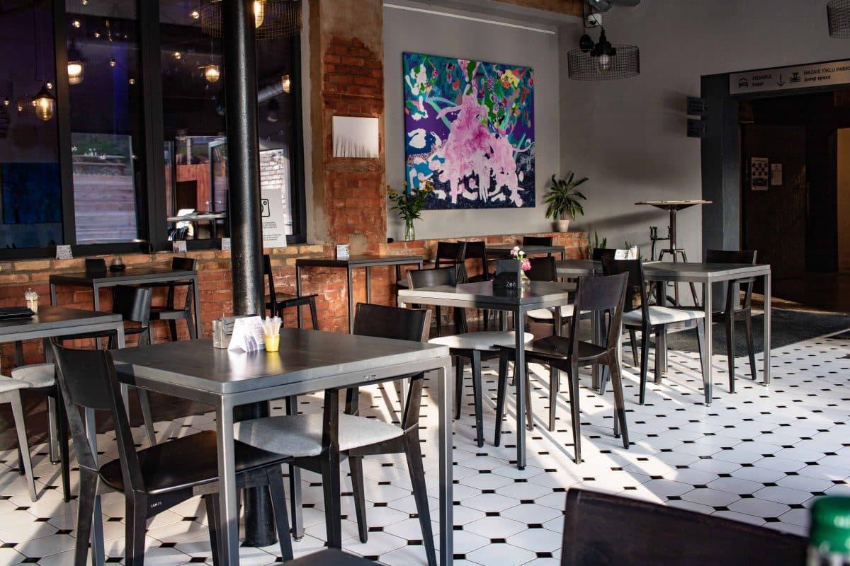 Cafe Zeit Ligatne -Artikel von PASSENGER X