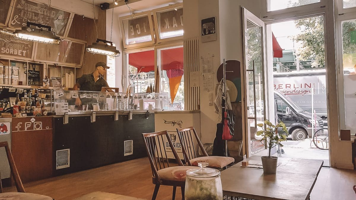 Gemütlich arbeiten mit gutem Kaffee und kostenlosem WLAN, das geht im Oak & Ice