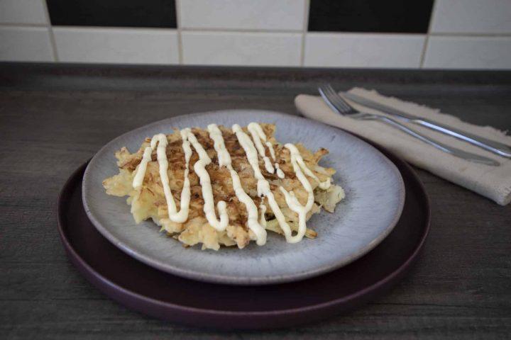 2 Rezepte für japanische Okonomiyaki (vegetarisch und original) – Osaka Style