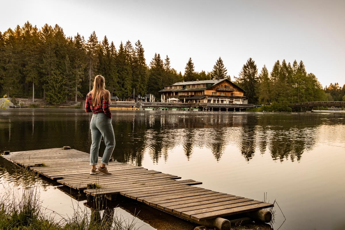 Fichtelgebirge Geheimtipps: Bloggerin PASSENGER X verrät dir, wo du im Fichtelgebirge wandern solltest, welche Ferienhäuser die schönsten sind und welche die einzigartigsten Sehenswürdigkeiten sind.