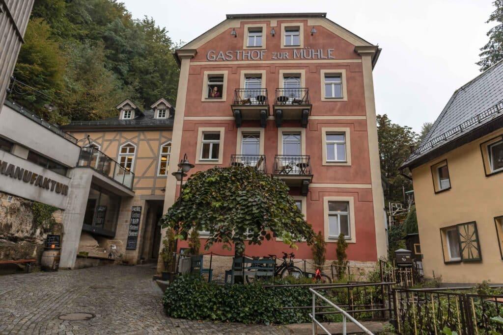 Wandern im Elbsandsteingebirge Unterkunft Hotel zur Mühle in Schmilka_PASSENGER X