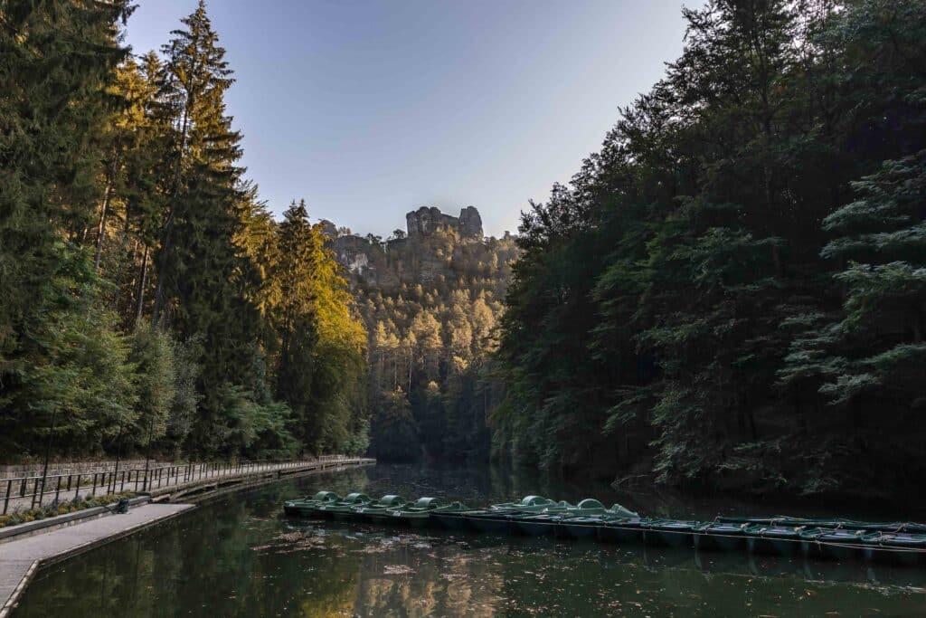 Wandern im Elbsandsteingebirge: unterwegs auf dem Malerweg_Amselsee_PASSENGER X