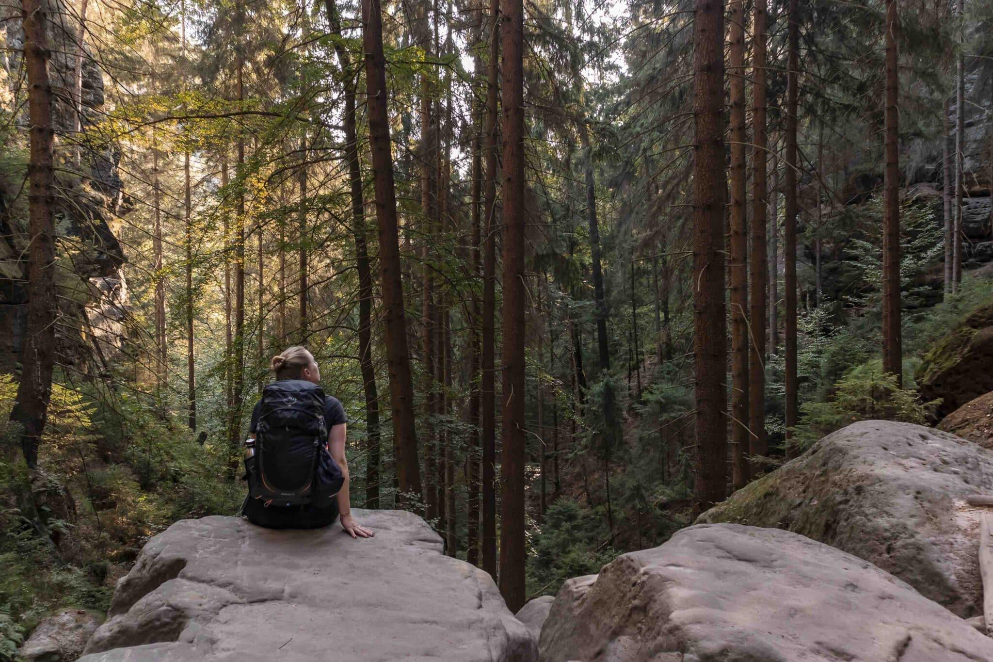 Wandern im Elbsandsteingebirge: unterwegs auf dem Malerweg_Sächsische Schweiz_PASSENGER X