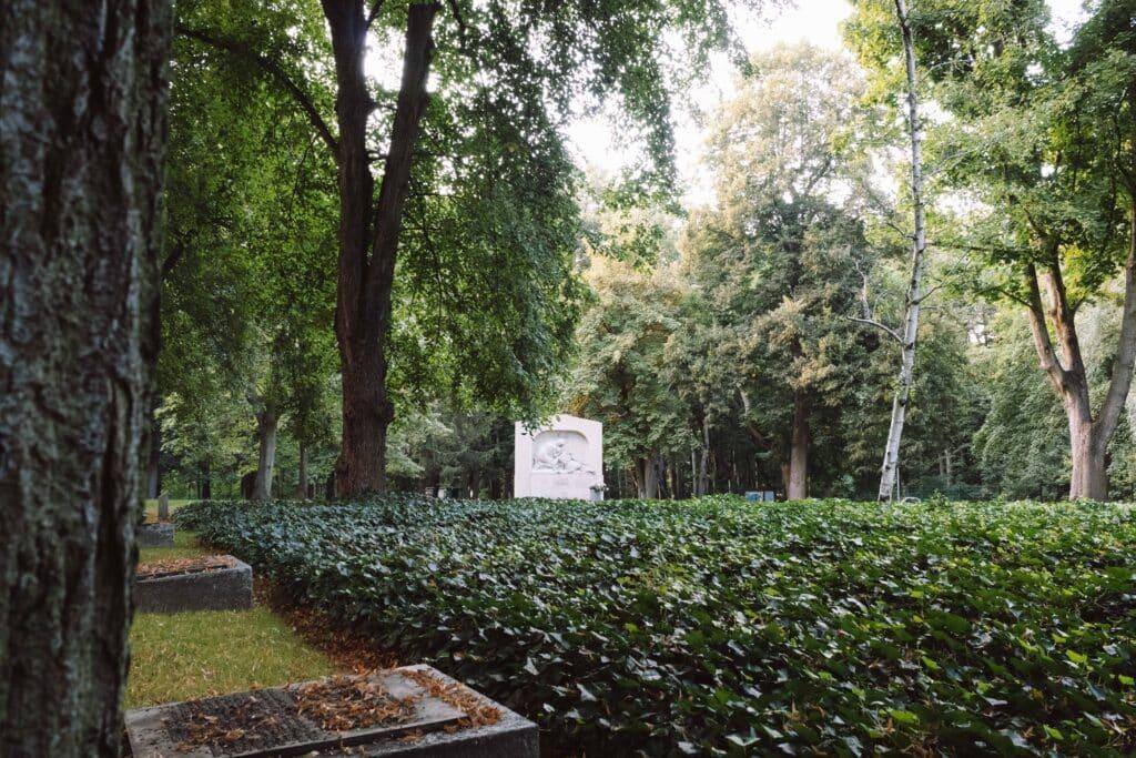 Berlin Insider Tipps Wedding von Theresa- Kriegsgräberstätte am Plötzensee