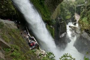 Sehenswürdigkeiten-Ecuador-Reise Teufelsbecken